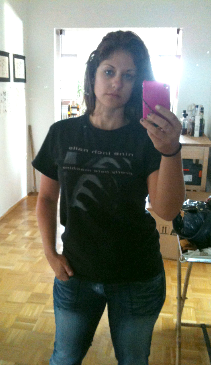Who wore a Nine Inch Nails shirt to work today? THIS GIRL. | From ...